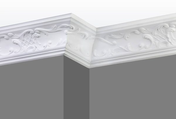 Cornice C03 Angle 1 (Grey Walls)